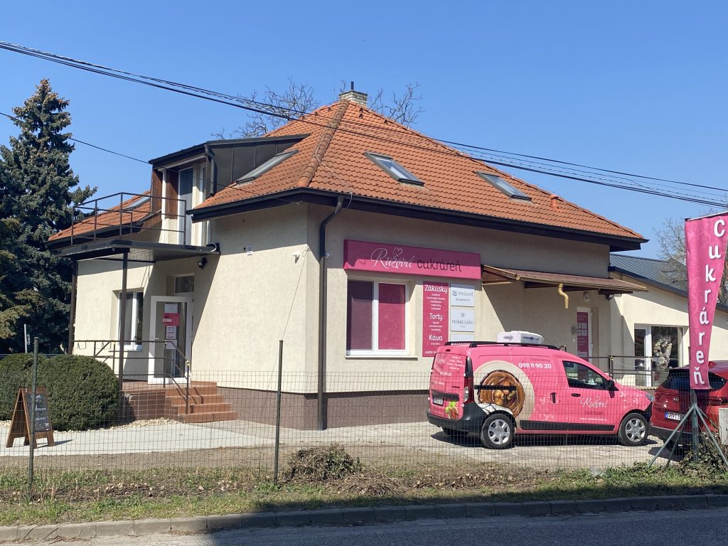 Ružová cukráreň Nitra Centrum